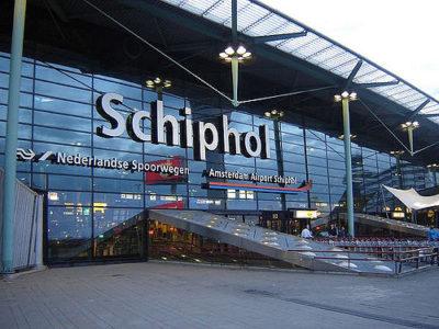 Schiphol Airport – Escort service